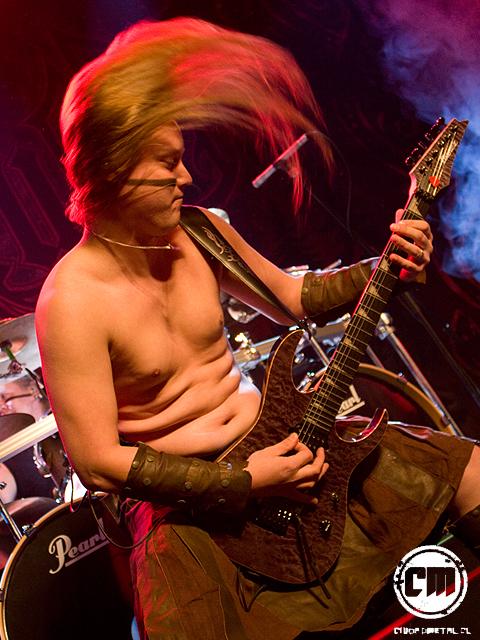 Ensiferum reunió a un casi mil asistentes en Kmasú Premier.